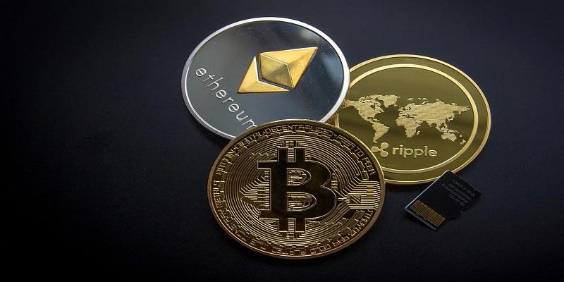 cryptowaehrungen-muenzen-ripple-ethereum-bitcoin.jpg