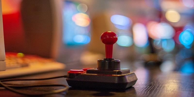 oldschool-joystick.jpg
