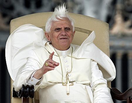 Name:  pope_funny.jpg Hits: 4411 Größe:  26,0 KB
