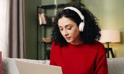 Wie-funktioniert-ein-Online-Hörtest.jpg