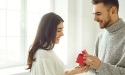 Ist-eine-Verlobung-heute-noch-zeitgemäss.jpg